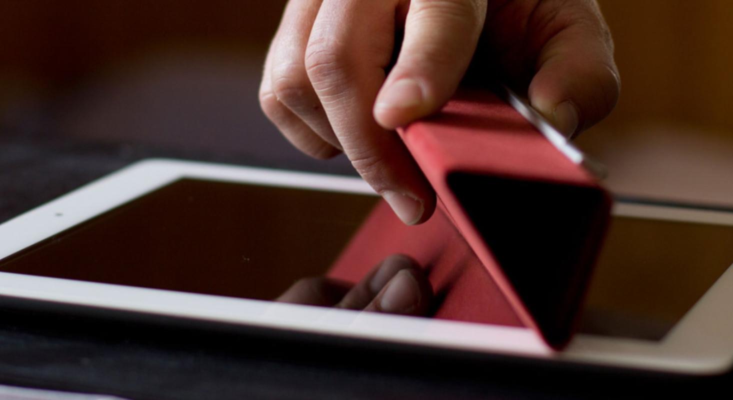 Display putzen geht wunderbar mit dem Smart Cover