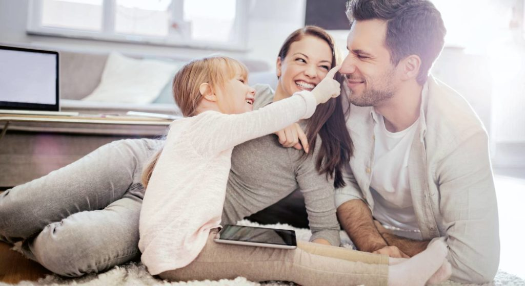 Beim Homeschooling bleibt den Eltern mehr Zeit für die Kinder. Doch diese Art von Alltag will gut organisiert sein.