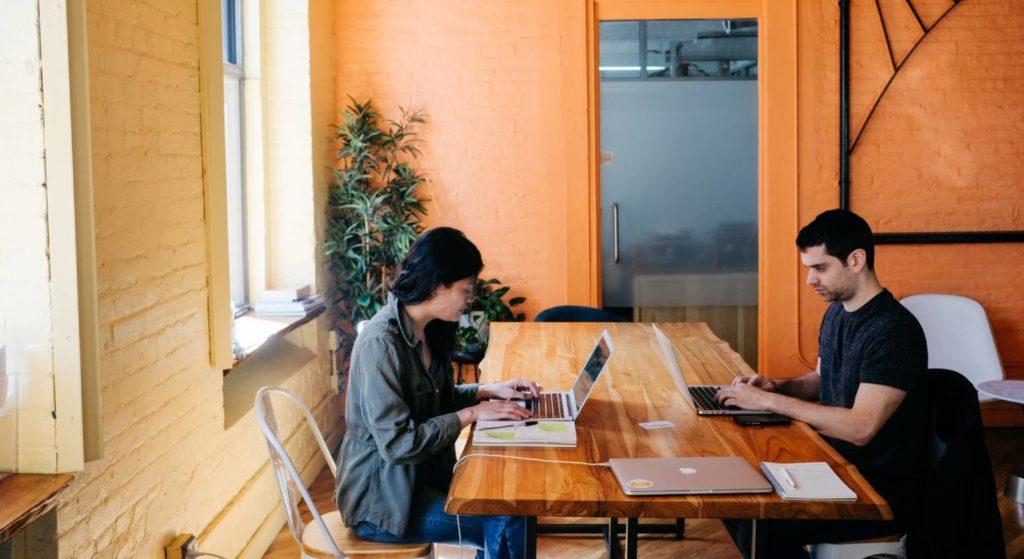 Während der Arbeit sollten keine technischen Probleme die Produktivität stören.