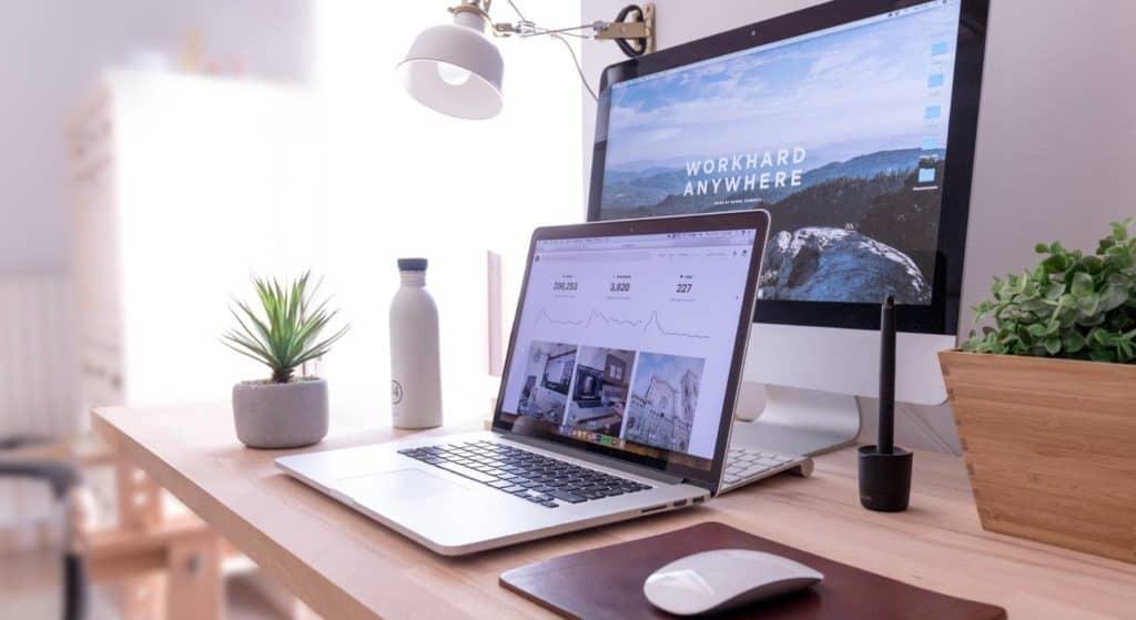 Apple Devices gibt es als Bundle bestehend aus verschiedenen Geräten wie iMac, MacBook, iPhone, Apple Watch und co.