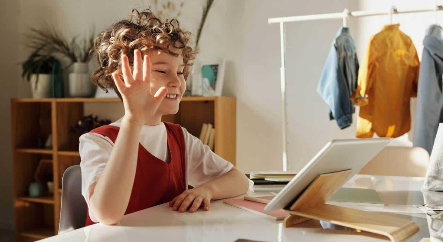 Eine Kindersicherung erleichtert das sichere Surfen für Kinder im Internet
