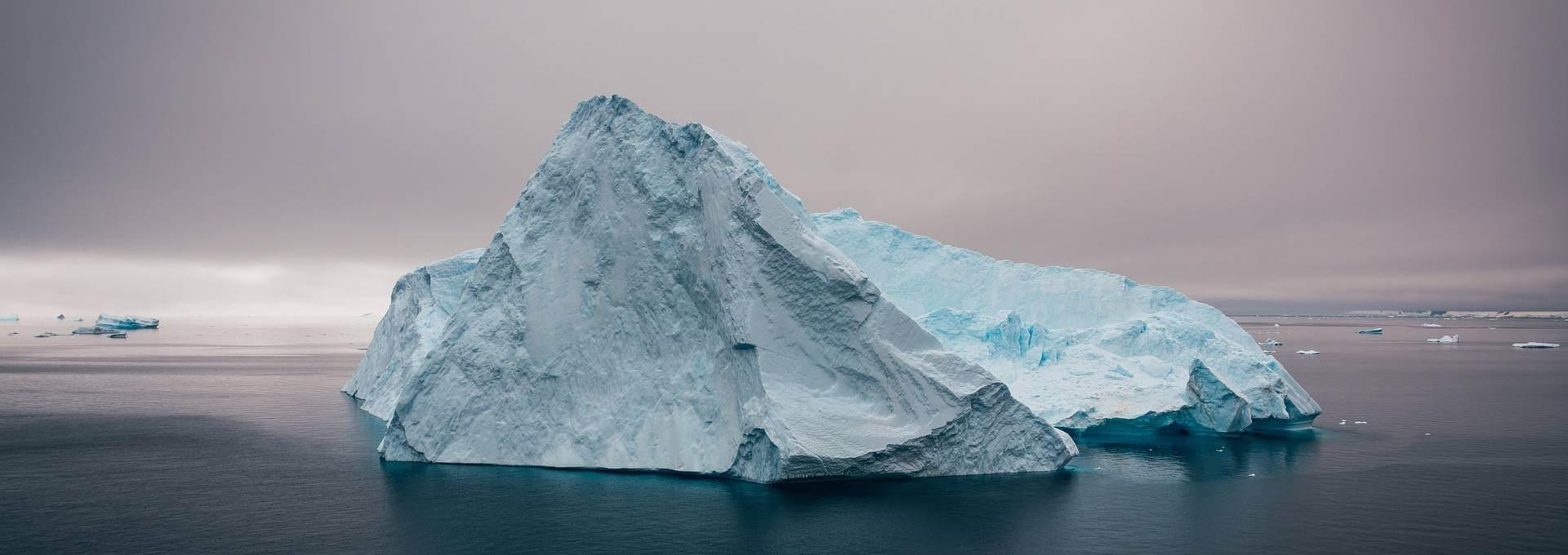 Eisberge machen Umweltprobleme deutlich