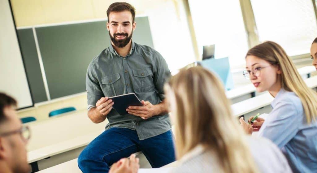 Lehrpersonen Weiterbildung in digitalen Medien
